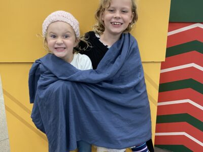 2 Children wrapped with ppt @ mall